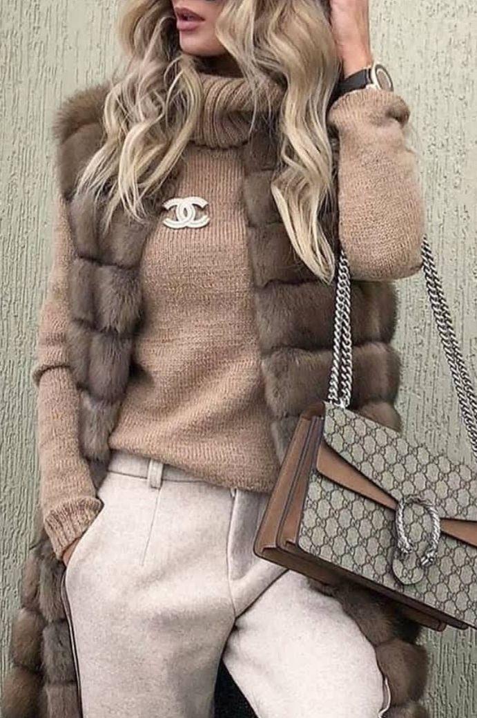 So cute minus the fur vest