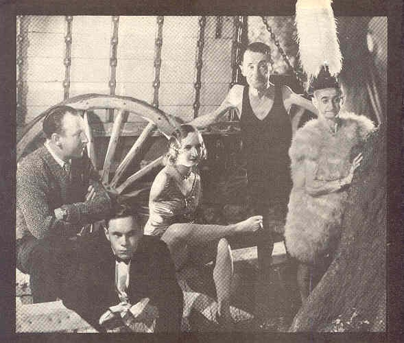 """TOD BROWNING'S """"FREAKS"""" (1932)   (above) A rarely seen group shot. Clockwise, bottom: Johnny Eck, the half-boy; director Tod Browning; Frances O'Connor, the living Venus d'Milo; Pete Robinson, living skeleton and Betty."""