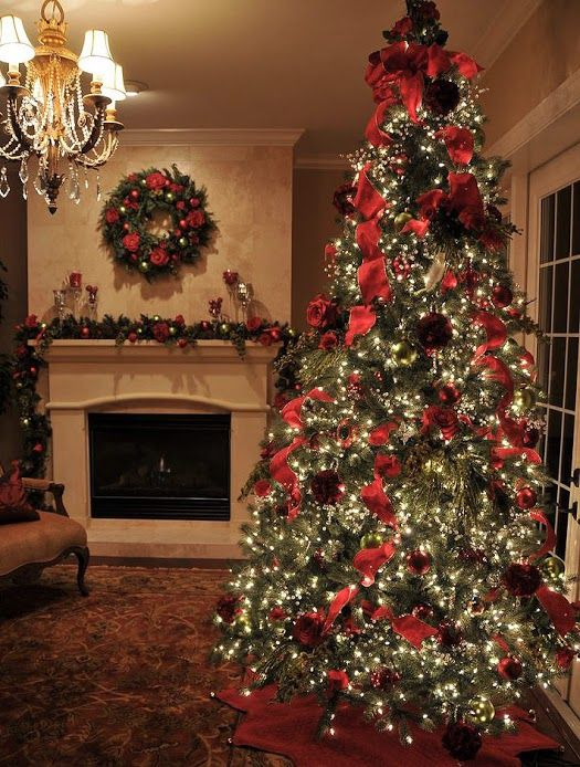 51 best stunning christmas trees images on pinterest for Alpine decoration
