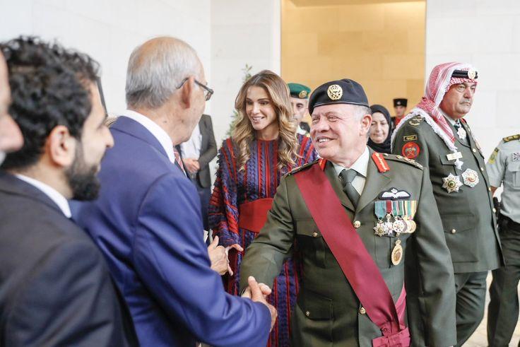 28 September 2017 His Majesty King Abdullah II attends the #FlagParadeJO and presents the Great Arab Revolt Flag to the 39th Jafar bin Abi Talib Battalion
