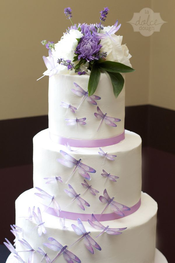 dragonfly wedding cake