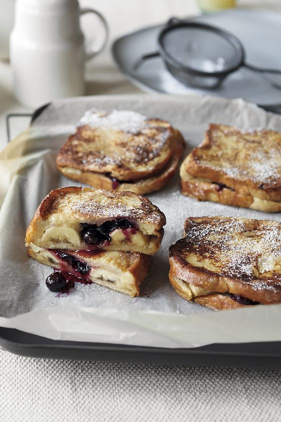 Blueberry & banana eggy bread sandwiches