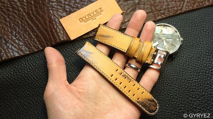 #GYRYEZ##gyryezcraft##summerleather# #handmade# #vintage# #leather# #leathercraft##watchstrap# #panerai# #rolex# #ancon# #sevenfriday# #handcrafted##iwc##apple watch##Audemarspiguet##paneraistrap##handmadestrap#vintagestrap##jaegerlecoultre#