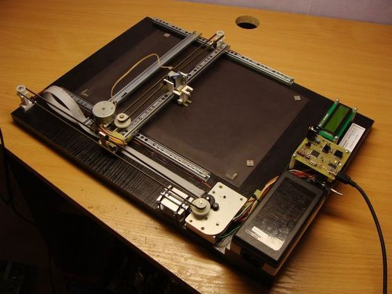 Picture of cheap, nice and weird A4 graph plotter ($25 + some scrap)