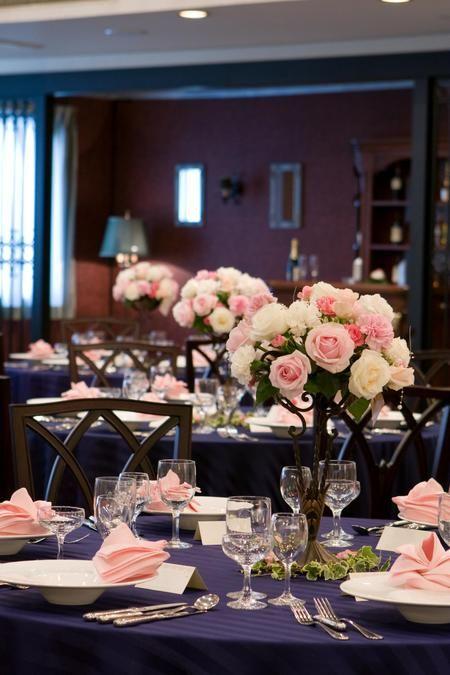 ブルー×ピンク×白 : 【画像集】クロスと装花はどう組み合わせる?クロスの色別/結婚式・披露宴の会場・テーブルコーディネート - NAVER まとめ
