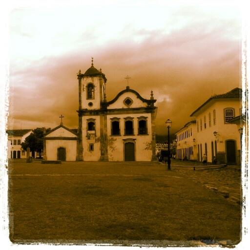Igreja de Santa Rita em Paraty tiradas pela Pousada dos Deuses
