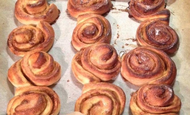 Zweedse kaneelbroodjes. Leuk om te maken, zalig om te eten en je huis ruikt heerlijk.