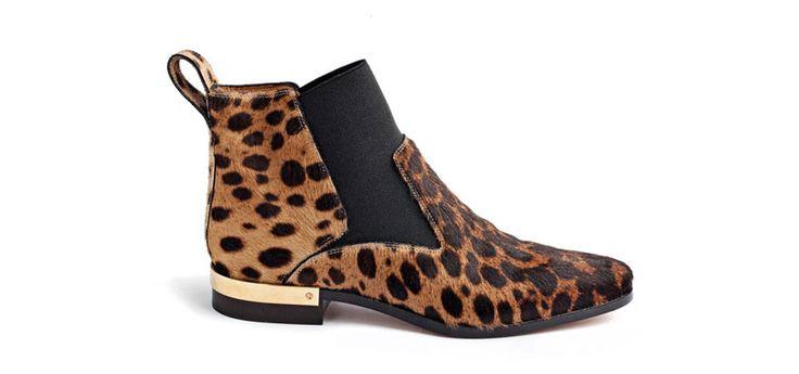 Bottines Chloé http://www.vogue.fr/mode/shopping/diaporama/les-30-chaussures-mode-de-la-saison-automne-hiver-2014-2015/20088/image/1044264#!chloe-les-30-chaussures-stars-de-l-039-automne-hiver-2014-2015