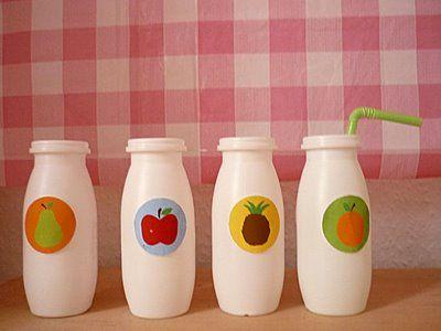 joghurtfläschchen als saftflaschen für den kaufladen