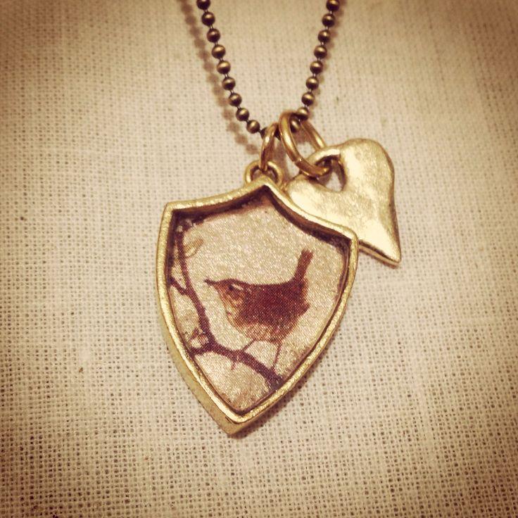 Bellbird Designs Wren crest pendant with rustic heart charm