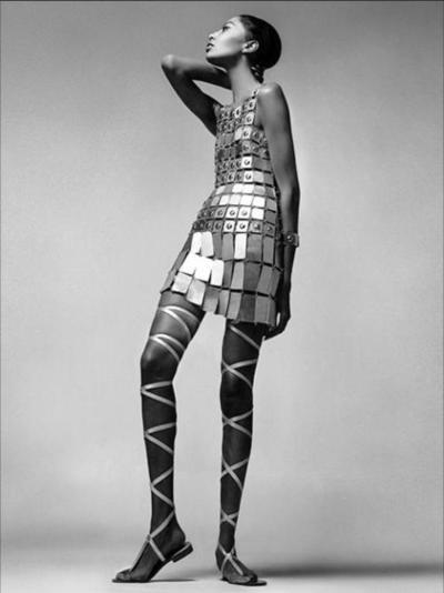 Donyale Luna in a Paco Rabanne dress. Vogue, December 1966. Photo: Richard Avedon.