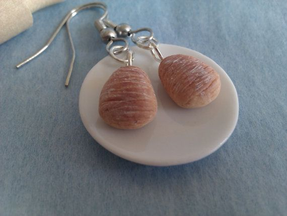 Handmade polymer clay Breakfast Sfogliatella earring by MiniCose, €13.00