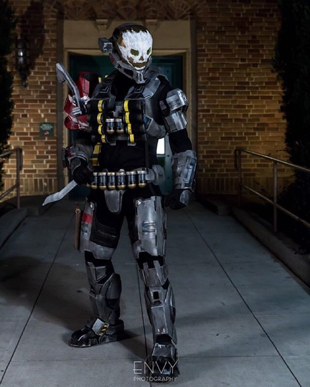 My newest Halo Reach Emile suit! Winter SacAnime 2016 was awesome!  Photo from: #Sacanime 2016 Photographer: @envyphotography1  Built by: Me