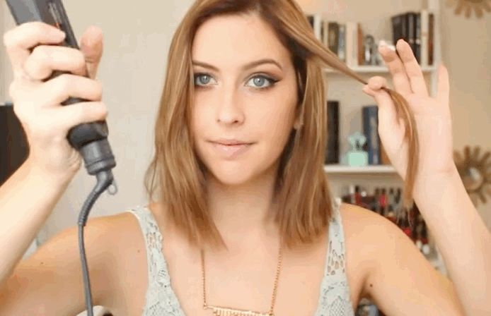 This Will Actually Teach You How To Curl Your Hair In 5 Minutes