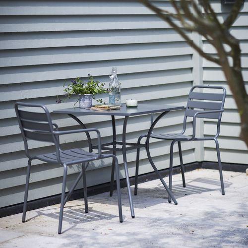 Salon de jardin table + 2 chaises acier anthracite Dean Street : Decoclico