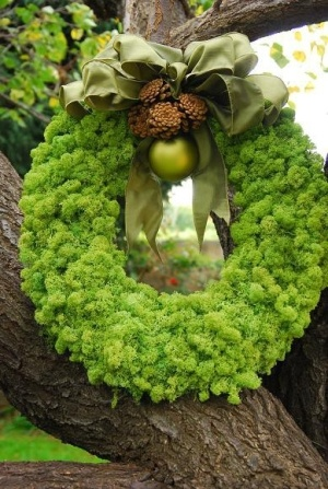 Reindeer Moss Wreath with Pinecones and Christmas Ornament and Bow