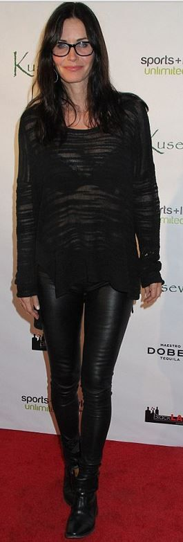 Who made  Courtney Cox's black sweater?