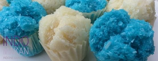 Kue Mangkok - Steamed cupcakes with coconut