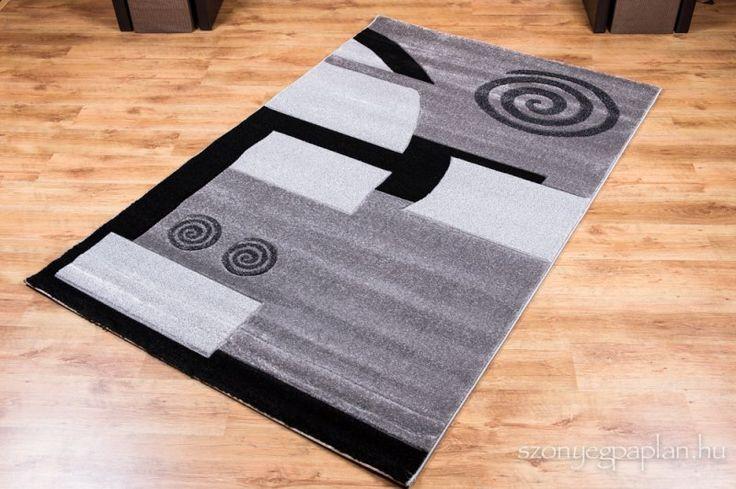 Domborított-nyírt mintájú szőnyeg. Oválisban is! puha, meleg szőnyeg. Szálhossza: 17 mm Jellemzők: antialergén padlófűtéshez is gyorsan szárad, könnyen tisztítható, kézi és a gépi vizes takarítást is jól tűri csomagolás: ...