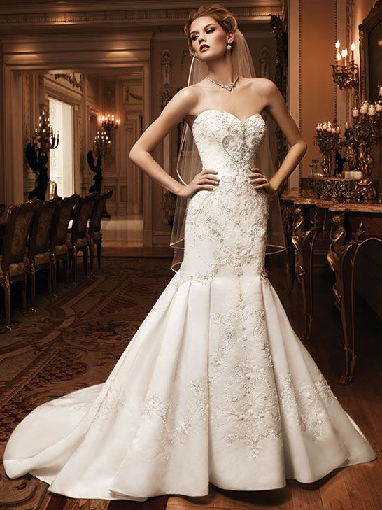 Casablanca Bridal Style 2124 Now In Stock