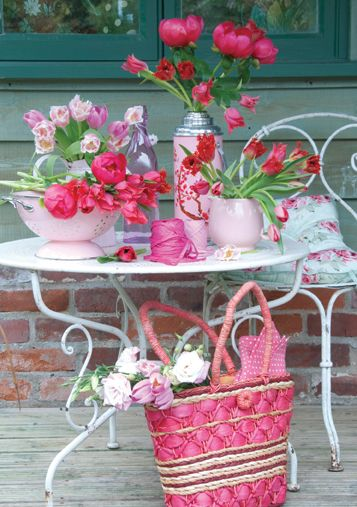 Pink and pretty table, summer, flowers, outdoors, white tables, love, pink tea party <3