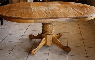 Old kitchen table redo...to my exact kitchen table! Wish Jeremy would let me do this!!!