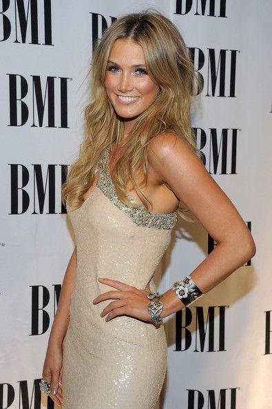 Delta Goodrem Photo - BMI Pop Music Awards - Arrivals