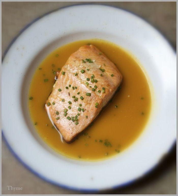 Pan-Roasted Salmon Fillets in Mango Juice: Pan Roasted Salmon, Yummy Food, Foodies Seafood, Mango Sauces, Dinners Menu, Mango Juice, Salmon Fillet, Daily Foodporn, Chive Gruyer Popover