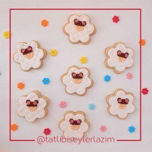 Ürünlerimizden Fotoğraflar | Tatlı Bi' Şeyler Lazım  #kurabiye #cookie #fondant #gumpaste #fondantflowers #cupcake #muffin