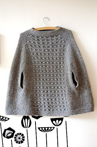 Best 25+ Knit poncho ideas on Pinterest Knitted poncho ...