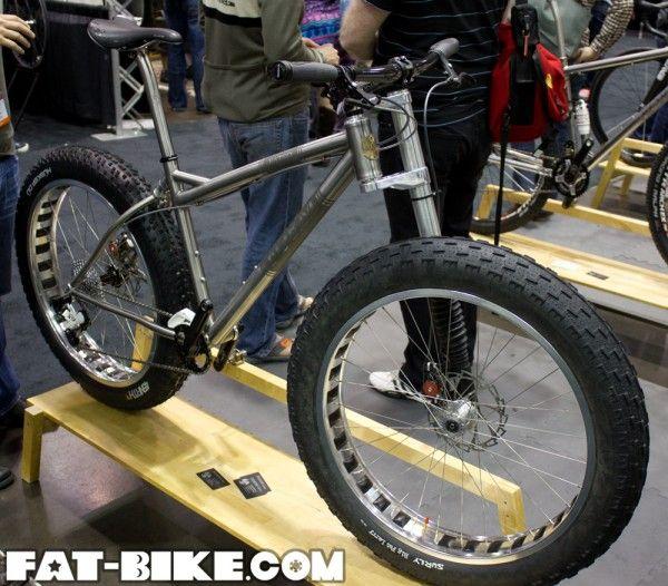 Form Cycles Fat Bling Fat Bike I Like Cannondale Leftys I