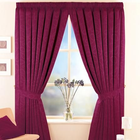 Keep the cold out, the warm in, reduce the noise to create a cosy atmosphere with a pair of thermal curtains