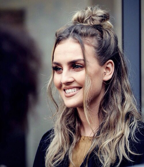 so pretty! ❤xx Love her hair here ❤