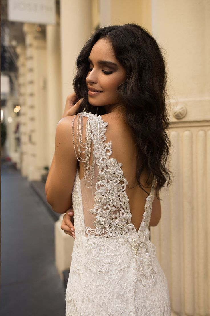 Anna Campbell wedding dress | Saasha (Embellished)
