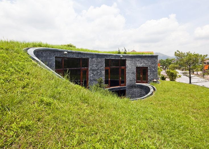 Stone House by Vo Trong Nghia & 161 best Green Spaces images on Pinterest | Earth sheltered homes ... memphite.com