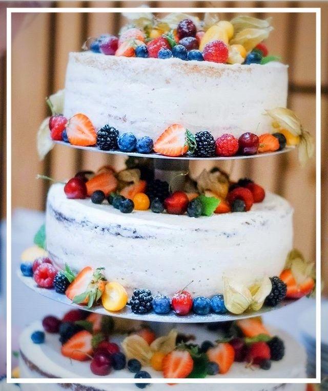 Semi Naked Hochzeitstorte Naked Cake Hochzeitstorte Ohne Fondant