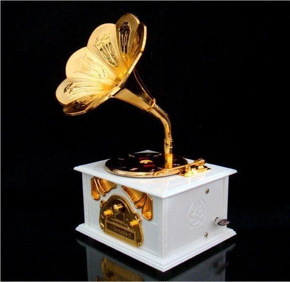 Retro Gramophone Art Disc Music Box Vintage Music Box (White/Brown To Choose)