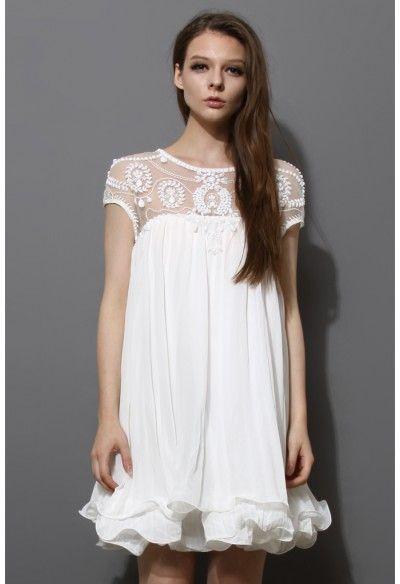Robe Mignonne Plissée Brodée Embelli en Blanc