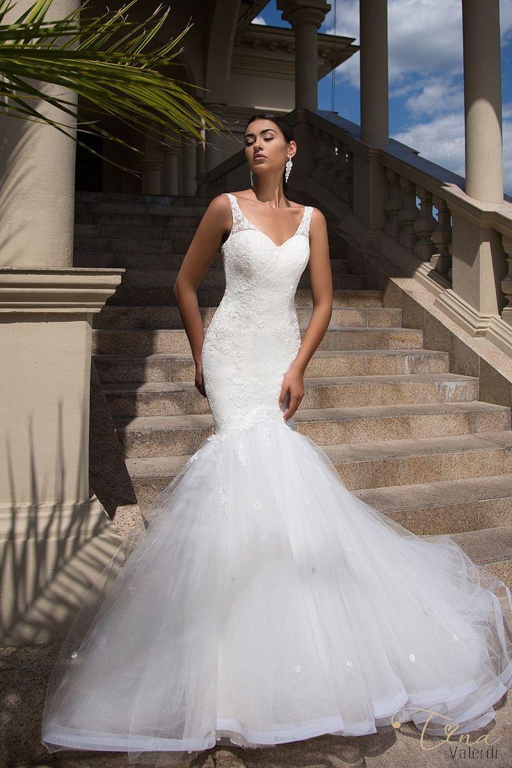 Krásne svadobné šaty v štýle morská panna na ramienka