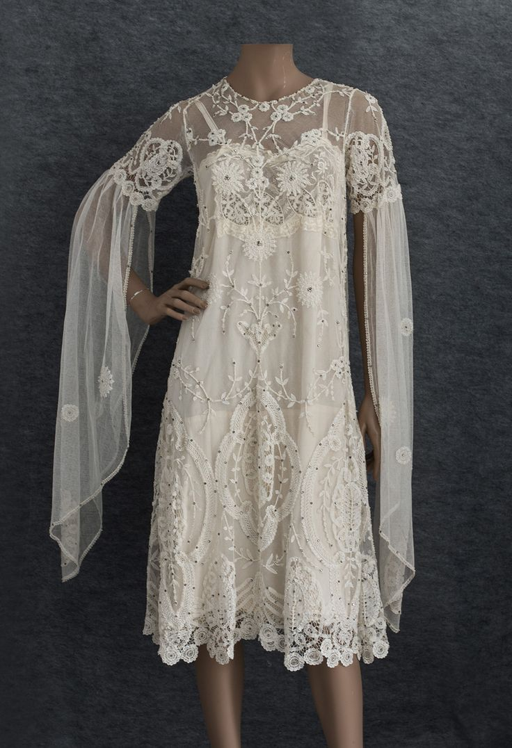 c.1925 appliqued princess~lace flapper wedding dress... lavishly embellished w/lace appliques, faux pearls & rhinestones. w/ gorgeous original detailed lace bodice slip