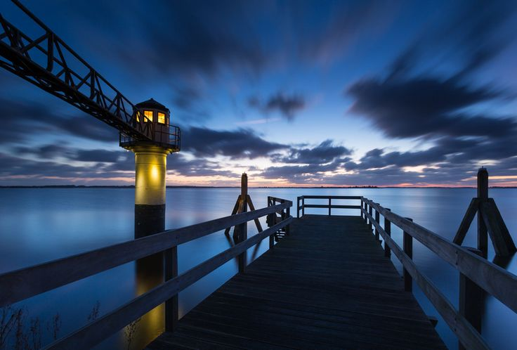 Lighthouse Oostmahorn | Lauwersmeer | Friesland | Netherlands | Photo By Marcel Kerkhof