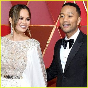 Chrissy Teigen Hilariously Reacts to John Legends Story of Trying to Break Up with Her
