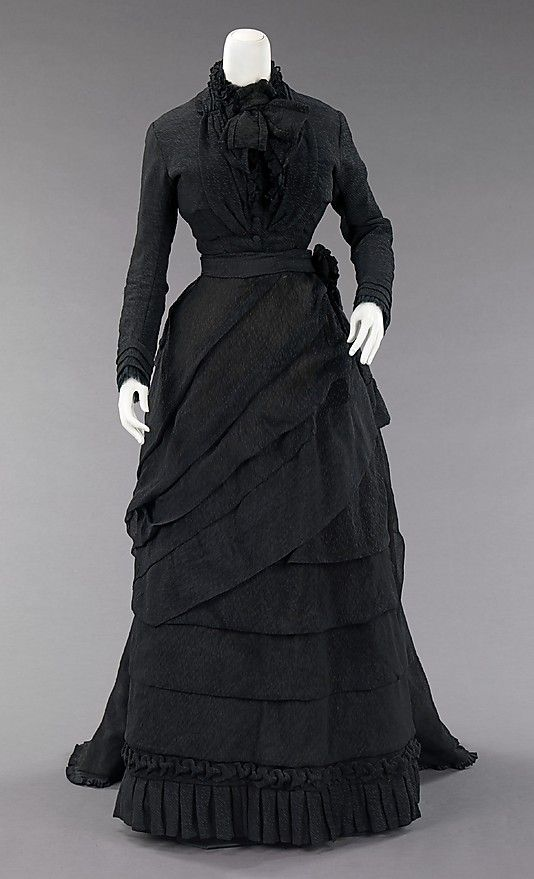 Black mourning dress reached its peak during the reign of Queen Victoria (1819-1901) of the United Kingdom in the second half of the 19th century. Queen Victoria wore mourning from the death of her husband, Prince Albert (1819-1861), until her own death. With these standards in place, it was considered a social requisite to don black from anywhere between three months to two and a half years while grieving for a loved one or monarch. The stringent social custom existed for all classes.