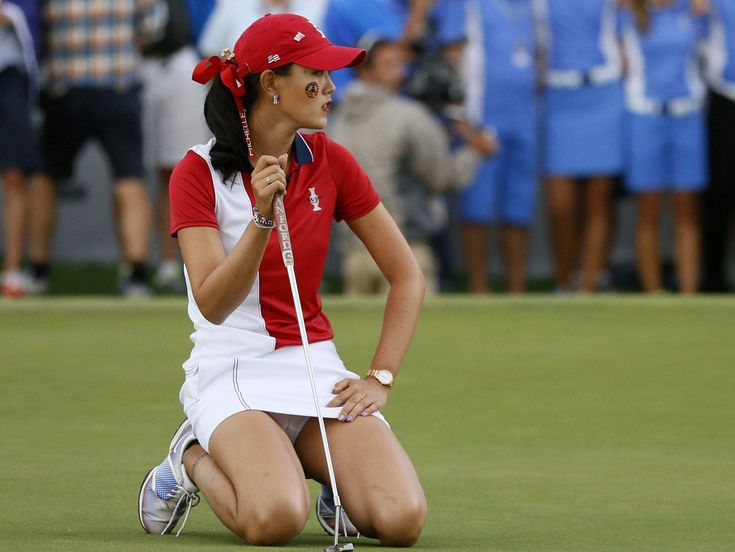 Best Golf Driver In The World >> As you can see here Michelle Wie is one of the most beautiful golfers in the world, being well ...