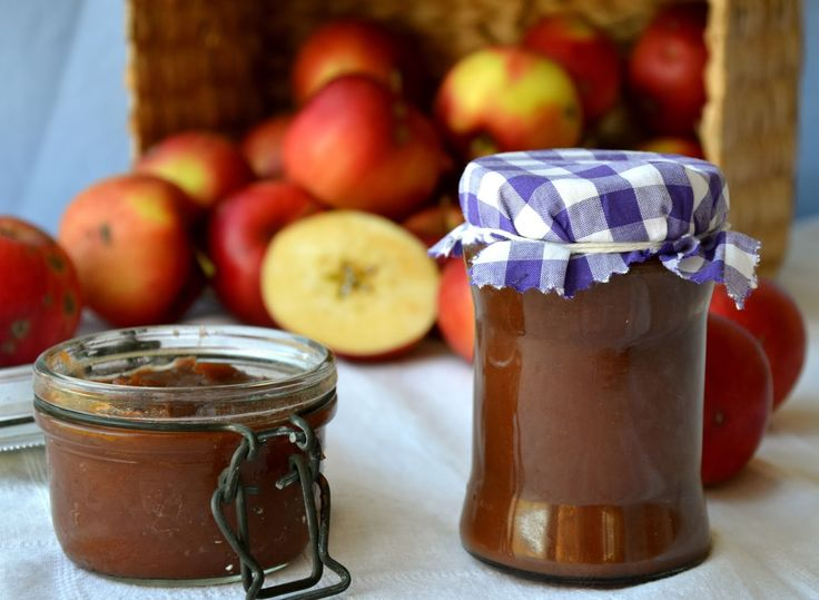 V tomhle - zatím ještě barevném - ročním období může člověk přijít jednoduše k nachlazení, ke spálové angíně, i k pytli jablek. No a pro...