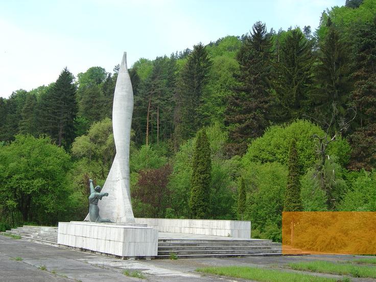 Slovakia, Nemecká - Slovak National Uprising Monument