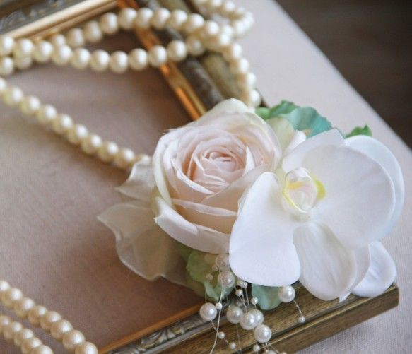【POPO】 Flower Corsage アンティークRoseと胡蝶蘭のコサージュ-white-|コサージュ|ハンドメイド通販・販売のCreema