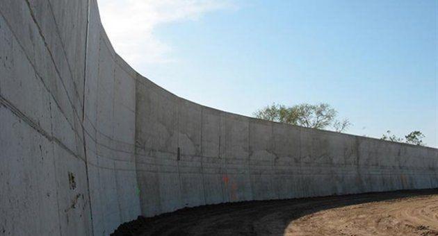 Urfa Sınırına Berlin Duvarı - Siverek Haber Haberin Doğru Adresi