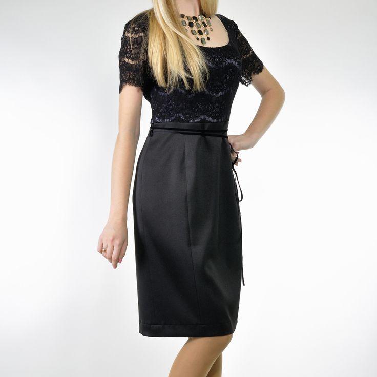 Коктейльное черное платье с кружевным верхом http://netakaya.com.ua/vse-platya/kokteylnoye-chernoye-platye-s-kruzhevnym-verkhom/