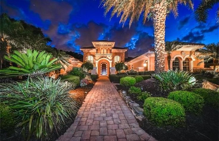 Sarasota Exceptional residence in the ever-elegant Lakewood. Listed by: Deborah Angelo O'Mara | Michael Saunders & Company